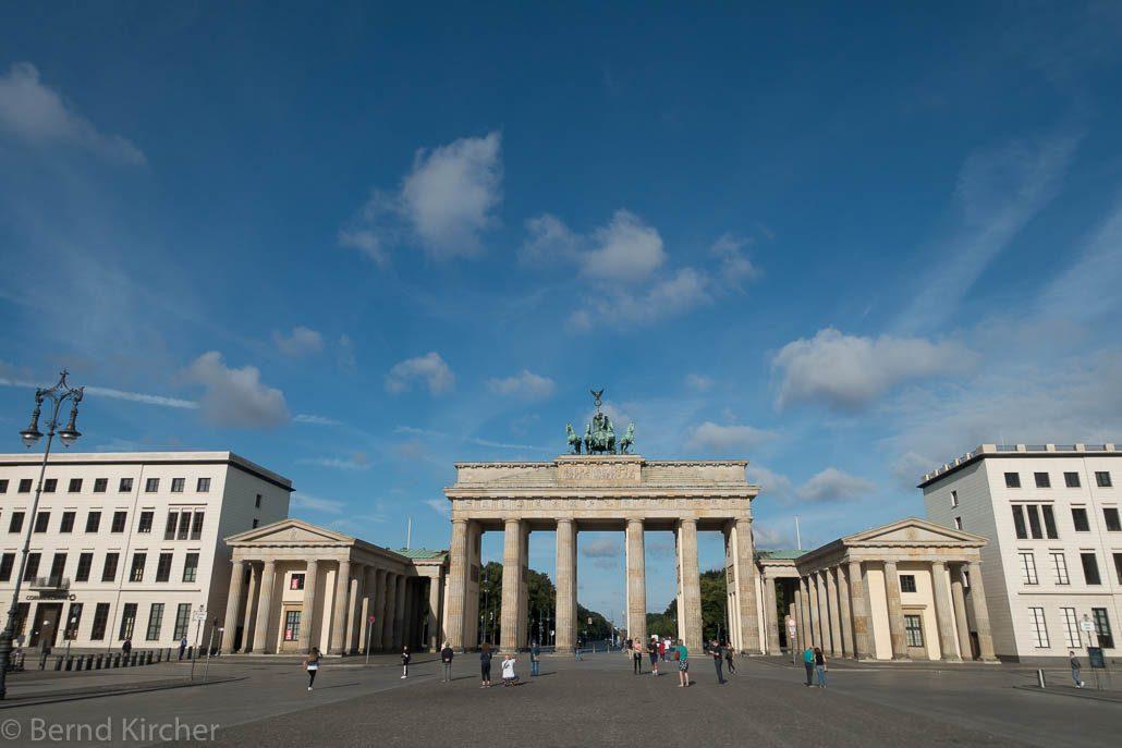 Brandenburger Tor am Sonntagmorgen