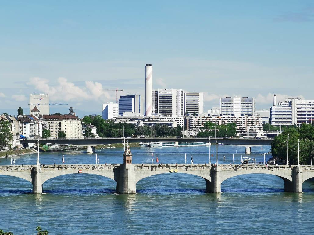 Mittlere Rheinbrücke ...